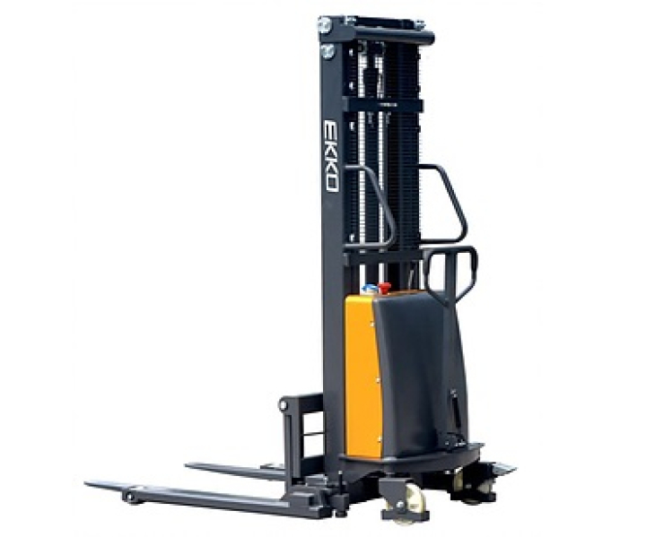 EKKO EA15B Semi-Electric Straddle Stacker Forklift